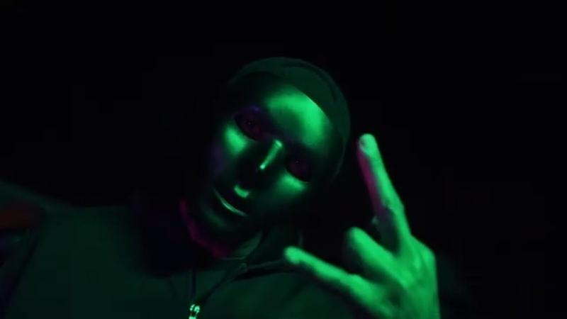 DJ Paul of Three 6 Mafia Big Bizness Official Video