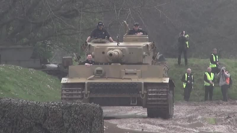Tiger Tank 131 Sounding Great In The Mud and Rain Tiger Day 2014
