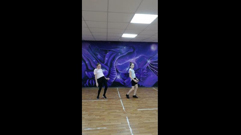 Арина и Вероника Dancehall