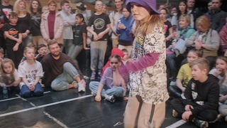 ДВИЖЕНИЕ Battle March 2021   Hip-Hop Kids under 9 years   Semifinal   Fox vs Кира