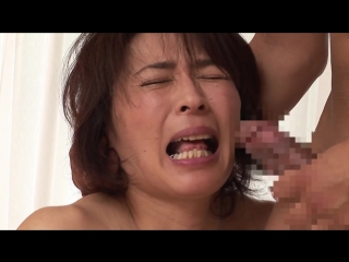 Изнасилование красивой матери кулаком на глазах у сына за долги mature, rape, fisting, group sex, deepthroat, incest, creampie