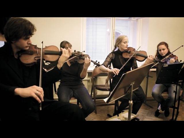 Árstíðir Ljóð í Sand strings rehearsal