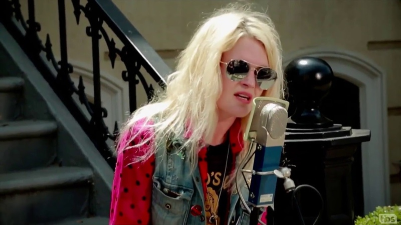 THE KILLS Conan Backlot Music 2016 07 29 Hum For Your Buzz Acoustic