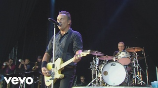 Bruce Springsteen - Cover Me (from Born In The . Live: London 2013)