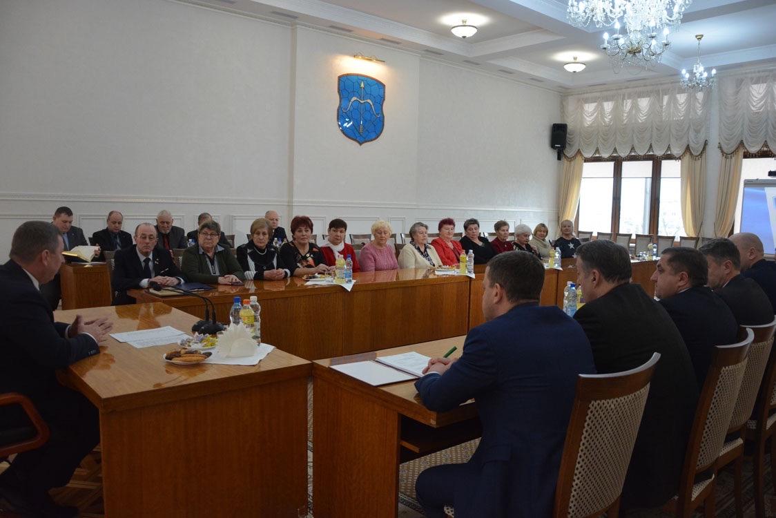 Рогачук встретился с членами семей воинов-интернационалистов, погибших в Афганистане